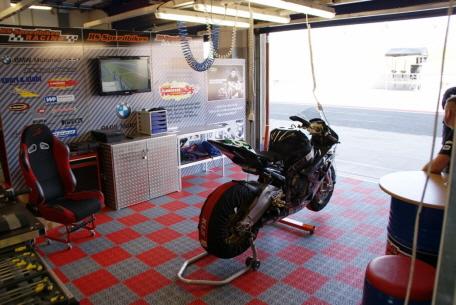 Garagen Design fotos garagen mit garagenböden
