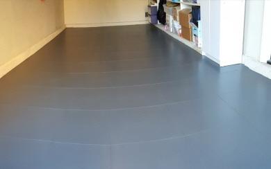 Fußboden Fliesen Garage ~ Fugenloser garagenboden aus pvc fliesen