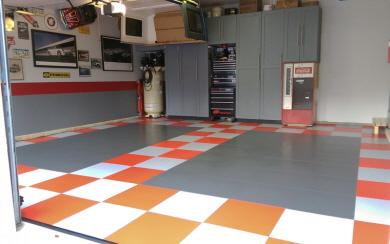 fugenloser garagenboden aus pvc fliesen. Black Bedroom Furniture Sets. Home Design Ideas